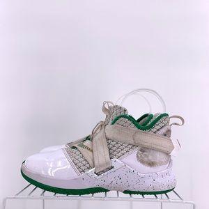 Nike Kid's Preschool LeBron Solider XII Size 2y